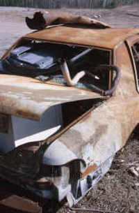 Rusted_car_3