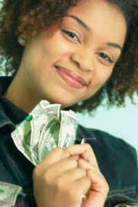 Woman_holding_money_be_15